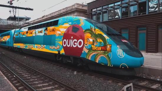 法国高铁龙珠车身广告