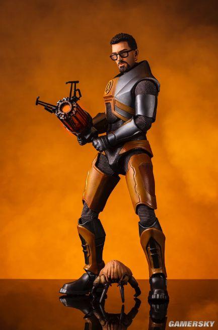 《半条命》1/6戈登弗里曼雕像 手持物理学圣剑撬棍